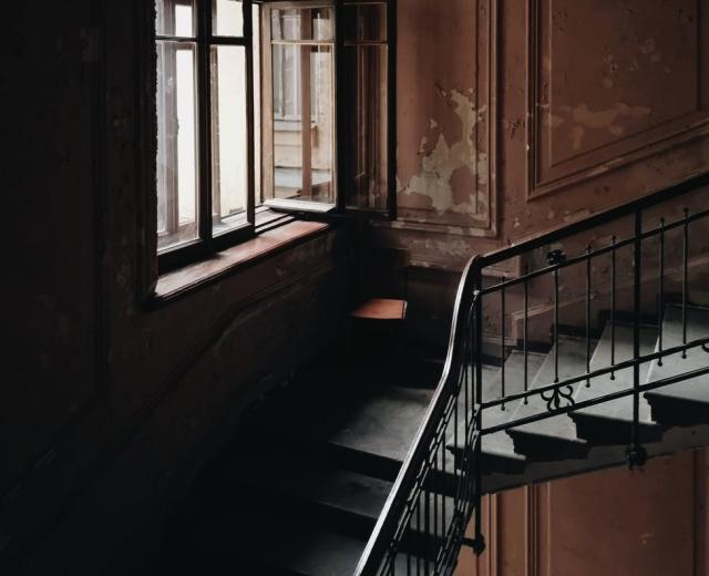 stare mieszkanie do remontu